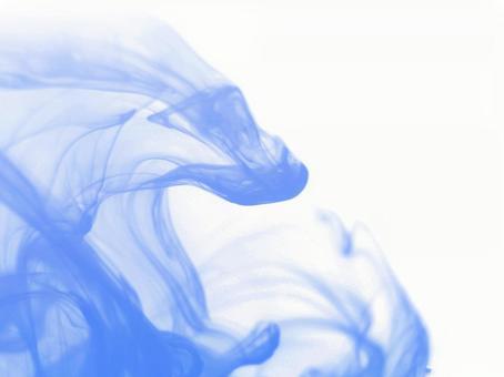 흰색 배경 푸른 연기 2