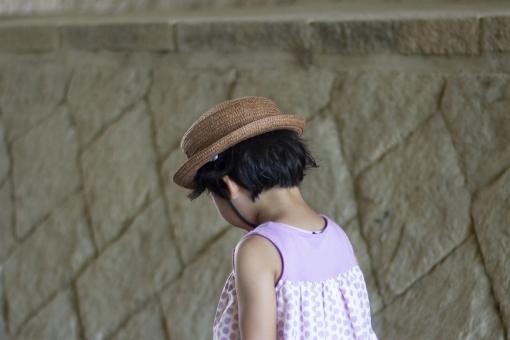 Girl in straw hat 2