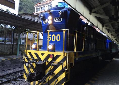 マチュピチュへの鉄道、ペルーレイル、ペルー。