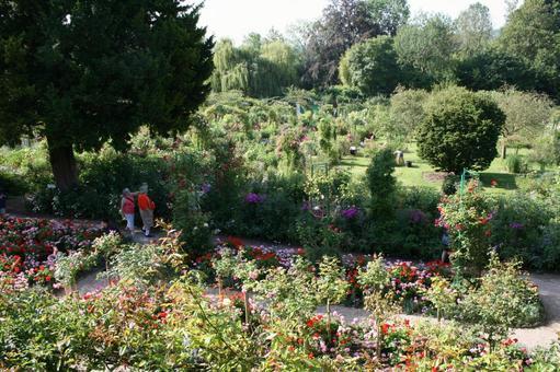 모네의 저택의 정원