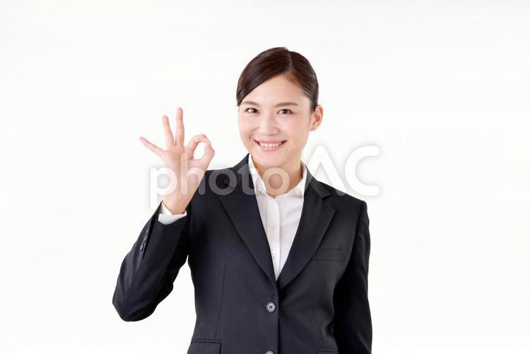スーツ姿の女性15の写真