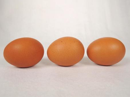 Brown egg image 10