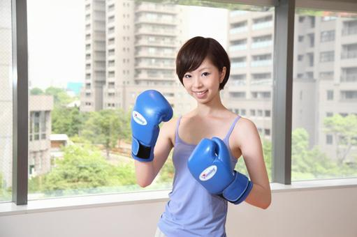 Female who is boxing 4