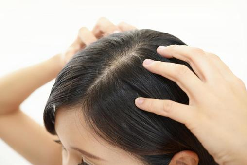 Female scalp massage