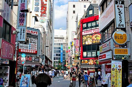 Shinjuku Nishiguchi Electric Street 1