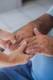 Elderly hands and supporting hands 4