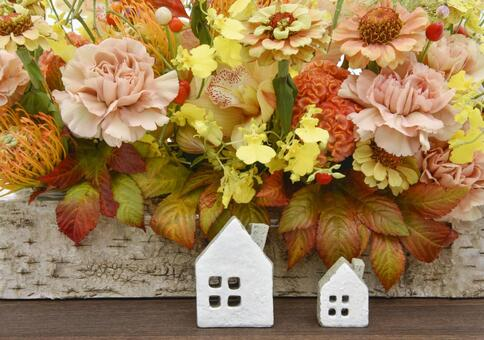 Image of house Miniature house and flower arrangement
