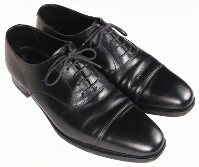 Cropped material Leather shoes Black 3