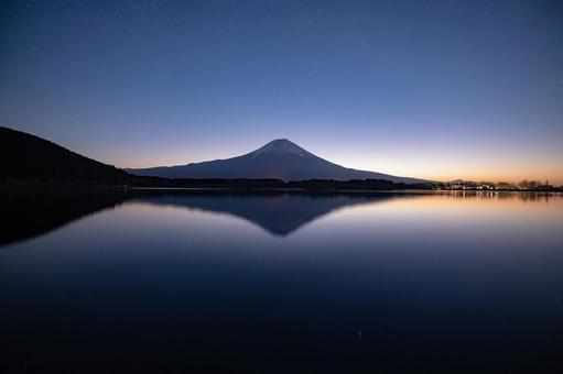 Beautiful Mt. Fuji before sunrise