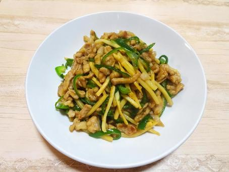 Green pepper shredded pork