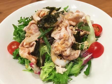 Cold pork shabu-shabu salad