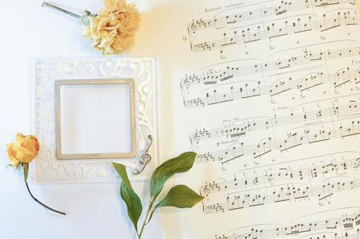 Music frame and sheet music