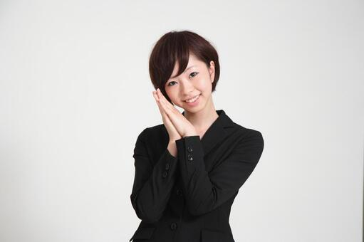 Female employee who decides pose 5
