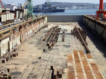 造船所の乾ドック