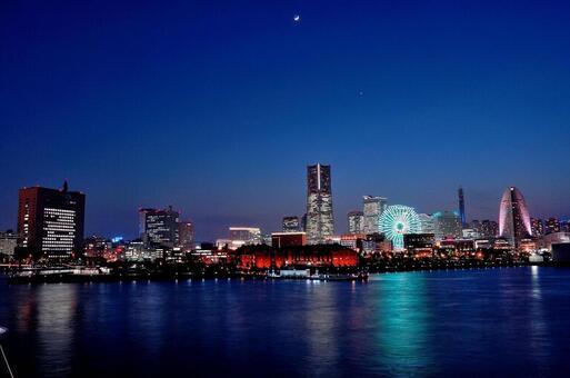 Night view of Yokohama