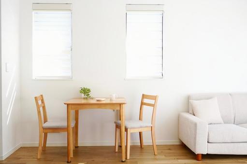 客廳餐廳白色內飾