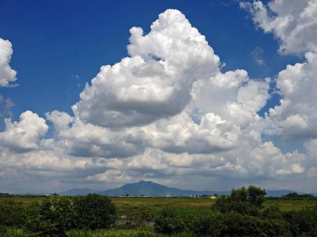 Summer sky and Mount Tsukuba