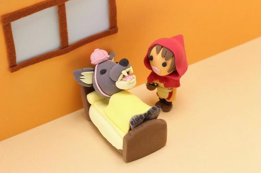Little Red Riding Hood and the Wolf 5