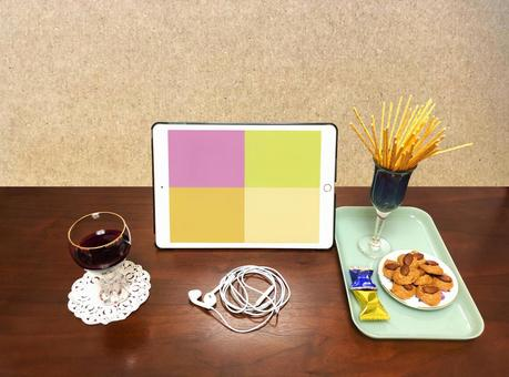 (Tablet version) Online drinking at home Video call Self-control
