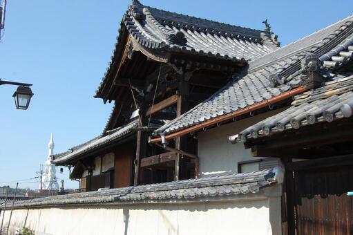 Terauchi cho Kuritanji bell tower
