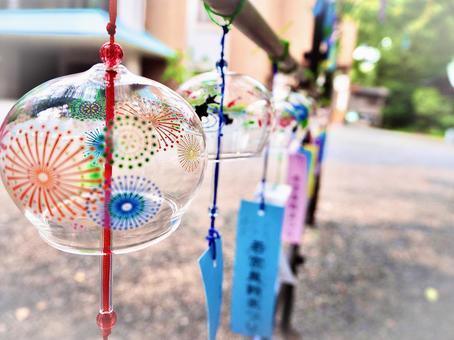 Shrine wind chimes