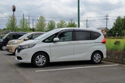 White minivan