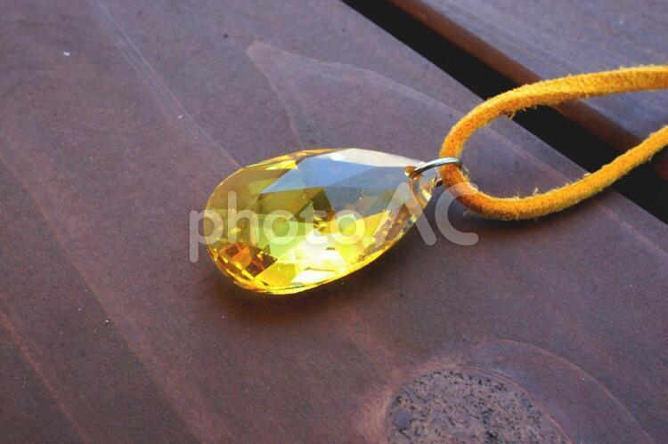 サンキャッチャー 黄色の写真