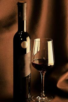 Wine bottle and wine glass 5