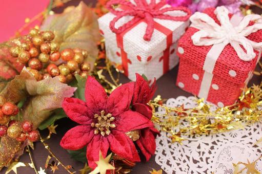圣诞礼物和一品红2