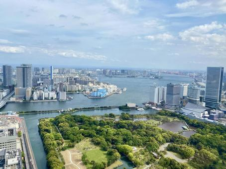 Cityscape in the direction of Tokyo Odaiba