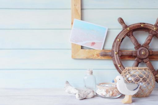 Summer accessory frame