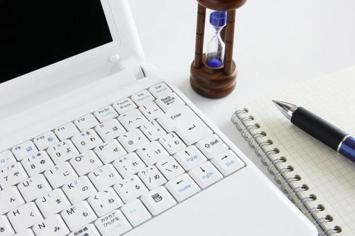 Personal computer and hourglass