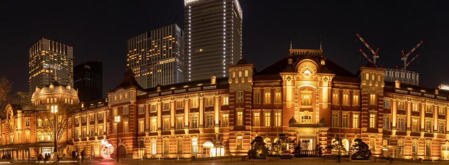 Night view panorama of Tokyo station