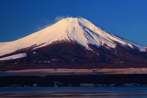 Beautiful red Fuji