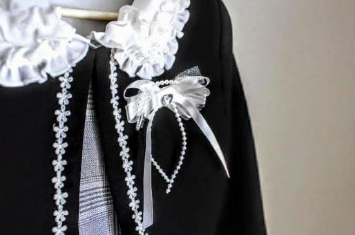 Girls clothes for graduation ceremonies and entrance ceremonies