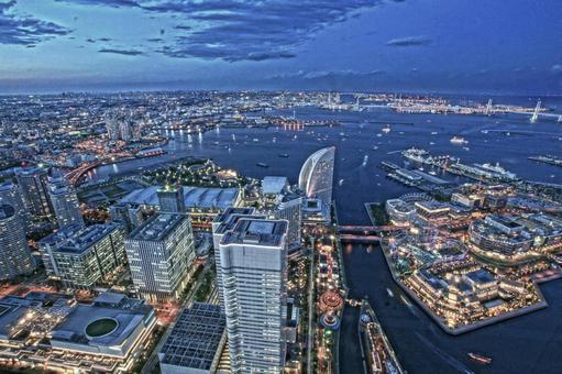 Evening view from Yokohama Landmark Tower