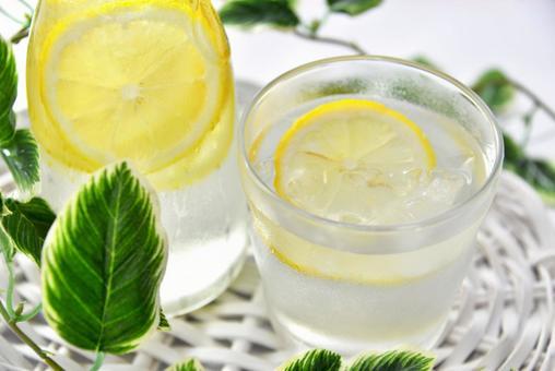 レモン水ダイエットの写真素材 写真素材なら「写真AC」無料(フリー)ダウンロードOK