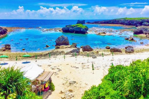 시모 지 섬 속의 섬 해안 (나카노 시마 비치)