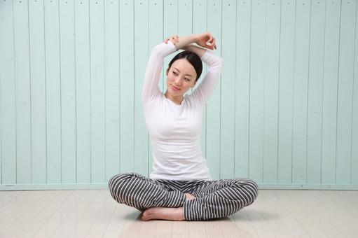 Women stretching 3