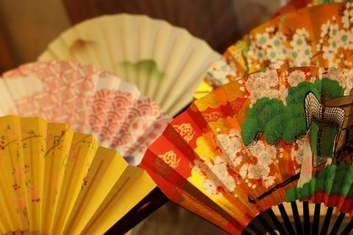Folding fan
