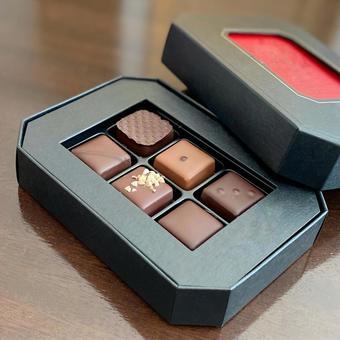 Bonbon chocolate (Valentine chocolate)