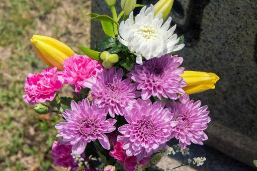 성묘 3 (공양의 꽃)