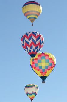 气球136