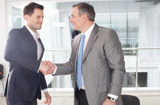 Businessman to shake hands 5
