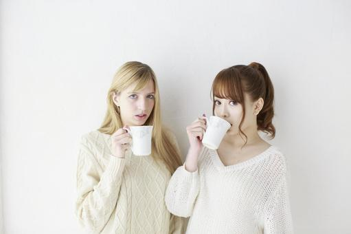 Female friend Foreigner and Japanese 24
