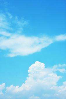 天空和雲彩晴朗的天氣