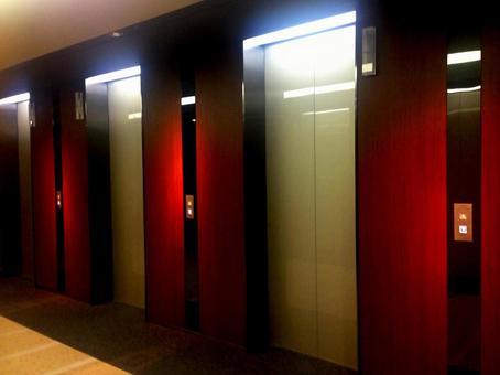 엘리베이터 4