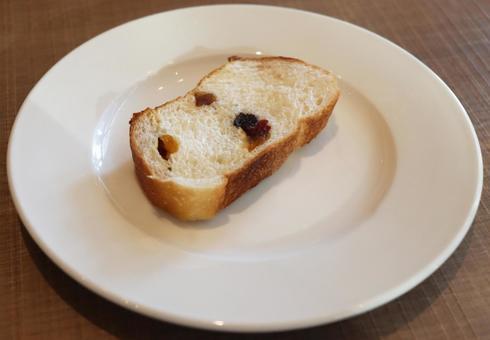 건포도 빵
