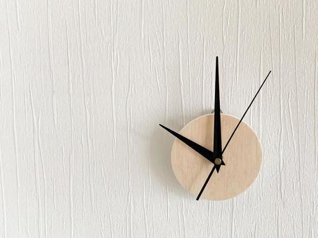 Analog clock 10 o'clock