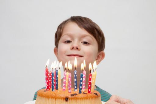 生日蛋糕和男孩5